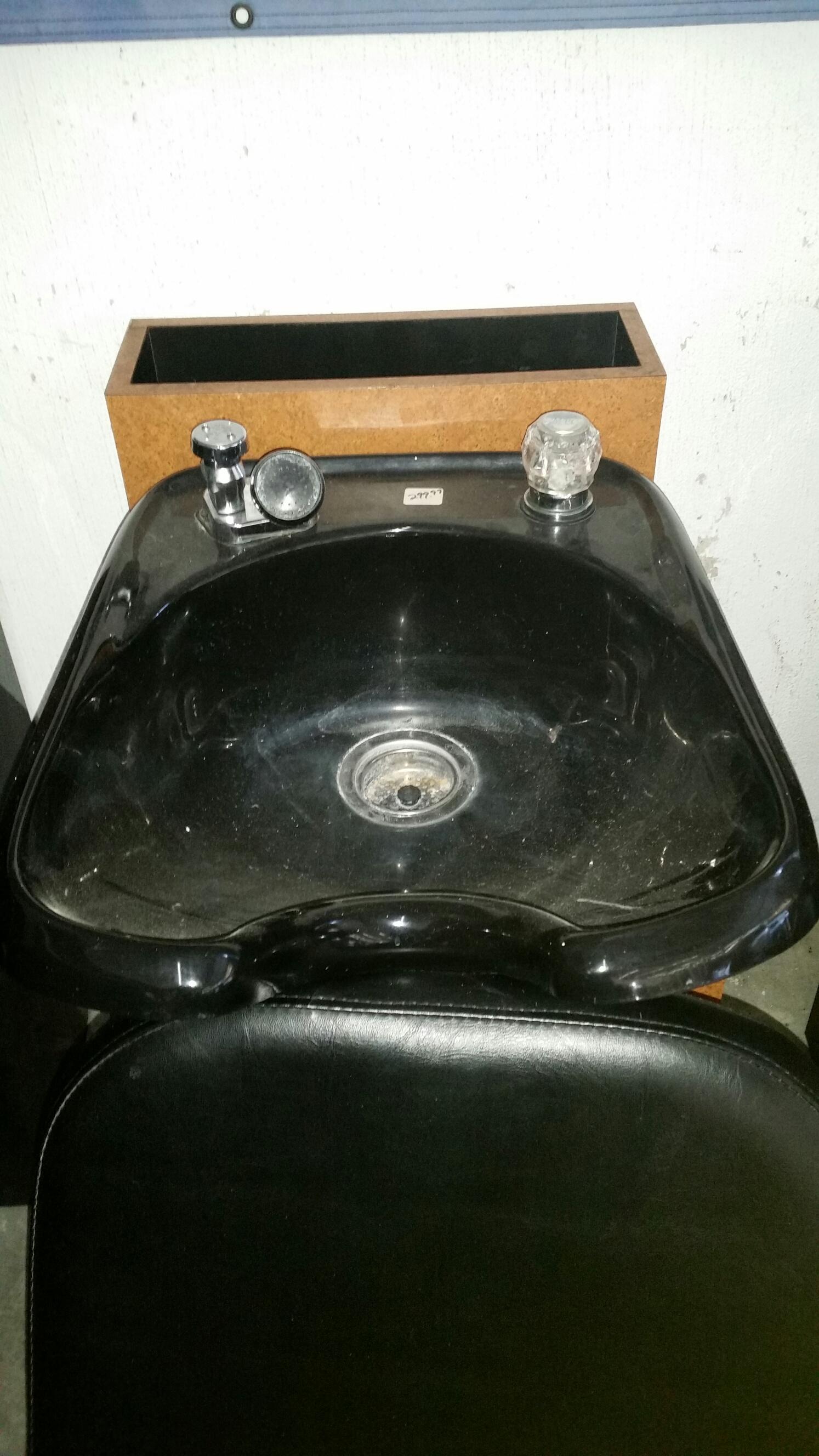 Used Shampoo Bowls Amp Shampoo Chairs